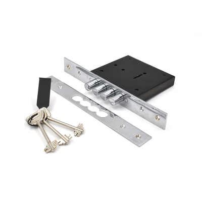 Допълнителна голяма брава за метална врата - Цена: 31.20 лв.