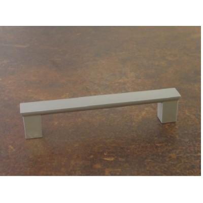 Мебелна ПВЦ дръжка UX04 - GAMET - Цена: 0.90 лв.
